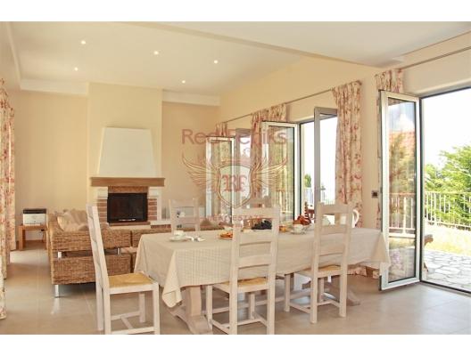 Özel Güvenlikli Site İçerisinde Mükemmel Manzaralı Villa, Region Budva satılık müstakil ev, Region Budva satılık müstakil ev