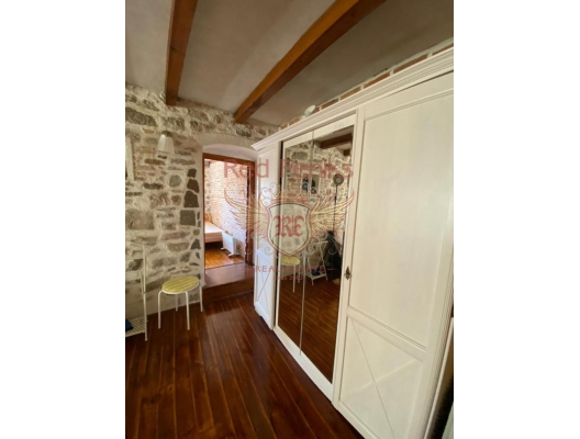 Stylish Duplex Apartment in the Heart of the Old Town of Herceg Novi, sea view apartment for sale in Montenegro, buy apartment in Baosici, house in Herceg Novi buy