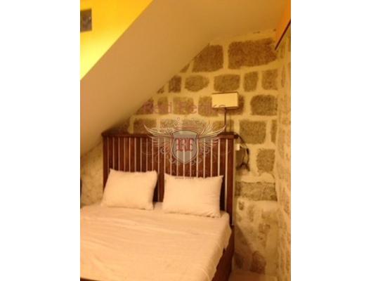 Perast'da Konforlu Daire, Dobrota dan ev almak, Kotor-Bay da satılık ev, Kotor-Bay da satılık emlak