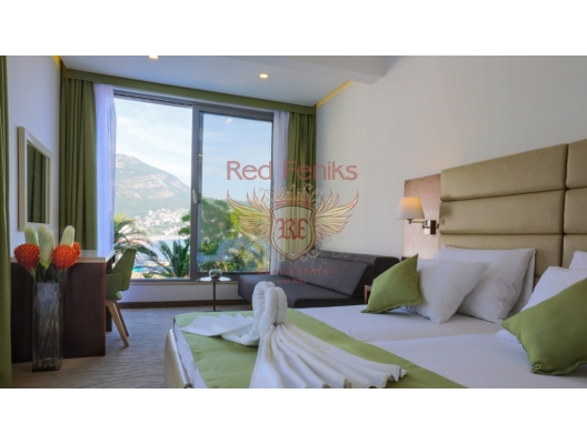 """New hotel (completed in 2015) """"Porto Sole"""", four stars."""