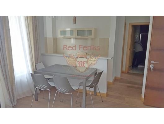 Satış 48 m2'lik bir alana sahip olan Budva'daki yeni daire.