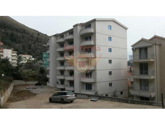 Petrovac'ta üç odalı bir daire, Karadağ da satılık ev, Montenegro da satılık ev, Karadağ da satılık emlak