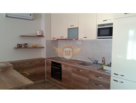 The apartment has an area of ​​90m2 located in a complex in Przno.