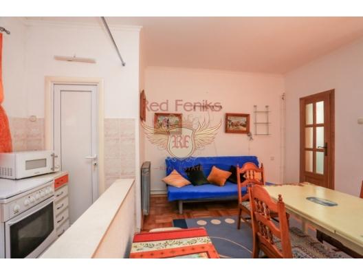 Three-storey house with a wonderful garden in Biele, Montenegro real estate, property in Montenegro, Herceg Novi house sale