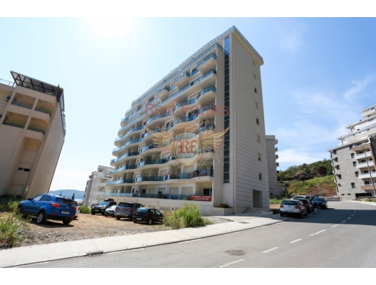 Zu verkaufen Zwei-Zimmer-Wohnung in Becici.