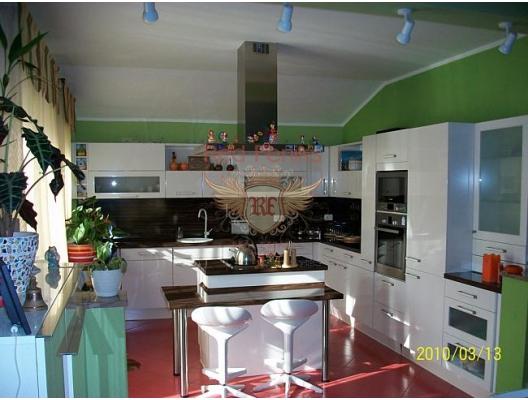 Igalo'da Villa, Karadağ satılık ev, Karadağ satılık müstakil ev, Karadağ Ev Fiyatları
