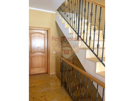 Hotel in Becici, property in Montenegro, hotel for Sale in Montenegro