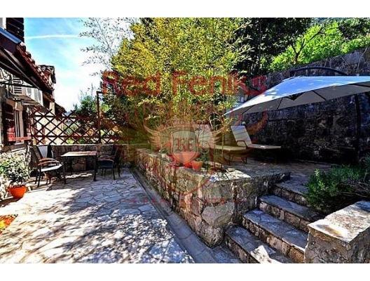 Muo'da ev, Dobrota satılık müstakil ev, Dobrota satılık müstakil ev, Kotor-Bay satılık villa