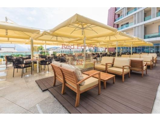 Budva'da TQ Plaza'daki 4 * otel satılık ticari binalar, karadağ da satılık cafe, montenegro satılık lokanta, Karadağ da satılık lokanta