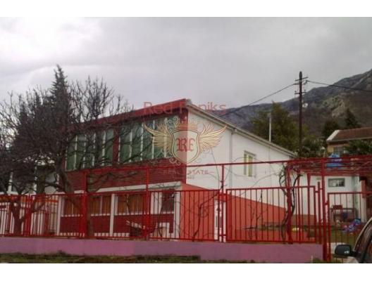 120 metrekare alana sahip iyi bir ev satılıktır.