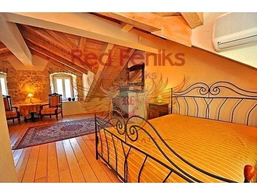 Muo'da ev, Kotor-Bay satılık müstakil ev, Kotor-Bay satılık müstakil ev