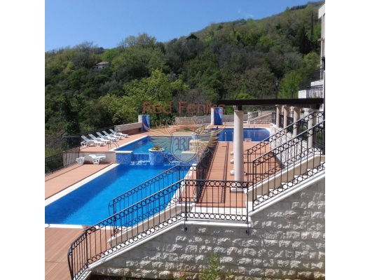 Apartment in a luxury complex in the town of Herceg Novi, Montenegro real estate, property in Montenegro, flats in Herceg Novi, apartments in Herceg Novi