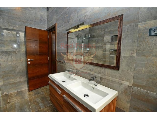 Kavac'ta modern ev (Tivat), Karadağ satılık ev, Karadağ satılık müstakil ev, Karadağ Ev Fiyatları