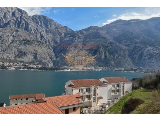 Boka Kotor Körfezi kıyısında şirin bir ev, Kotor-Bay satılık müstakil ev, Kotor-Bay satılık villa