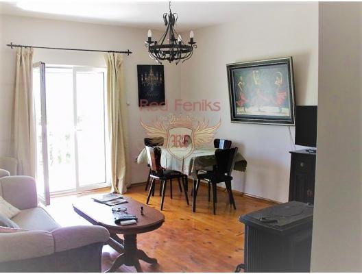 Igalo bahçeli büyük bir şekilde döşenmiş ev, Herceg Novi satılık müstakil ev, Herceg Novi satılık müstakil ev