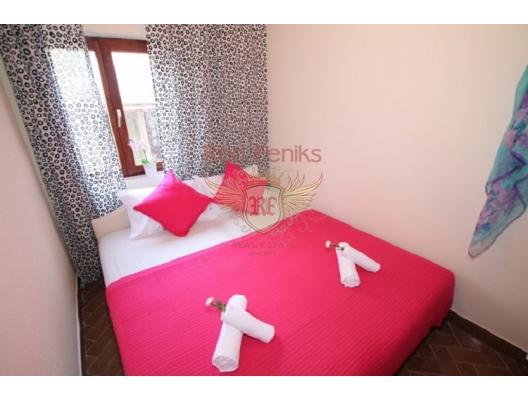 Herceg Novi sahilinde güzel 4 yatak odalı ev, Karadağ Villa Fiyatları Karadağ da satılık ev, Montenegro da satılık ev, Karadağ satılık villa