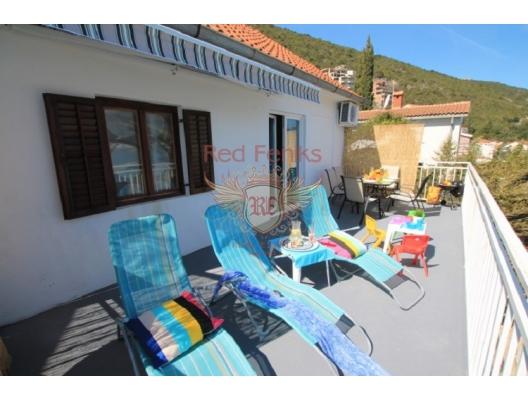 Herceg Novi sahilinde güzel 4 yatak odalı ev, Herceg Novi satılık müstakil ev, Herceg Novi satılık villa