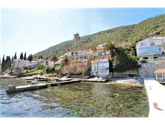Herceg Novi sahilinde güzel 4 yatak odalı ev, Herceg Novi satılık müstakil ev, Herceg Novi satılık müstakil ev