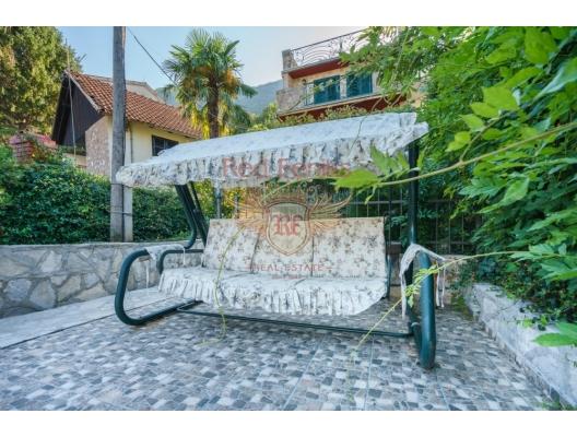 Сharming House in Stoliv, Kotor Bay, Karadağ satılık ev, Karadağ satılık müstakil ev, Karadağ Ev Fiyatları