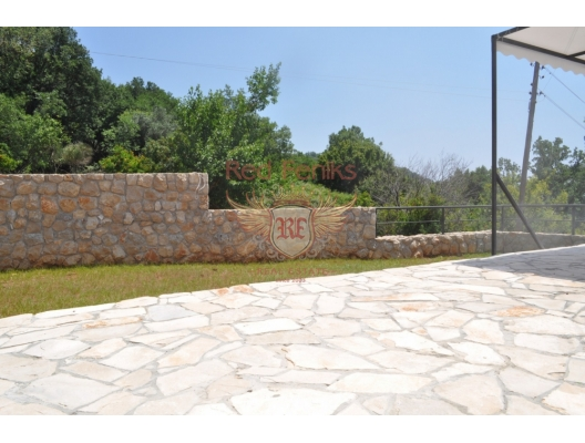 House in Sutomore, buy home in Montenegro, buy villa in Region Bar and Ulcinj, villa near the sea Bar
