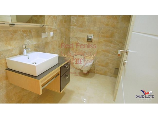 Kotor da yeni luks villa, Kotor-Bay satılık müstakil ev, Kotor-Bay satılık villa