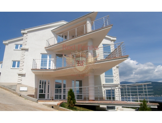 Daire 126 m² içermektedir.