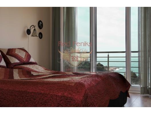 Acil satılık! Denizden sadece 70 metre uzaklıkta bir yatak odası bulunan mükemmel daire! Tüm odalar deniz manzaralı! Daire tam döşenmiştir.