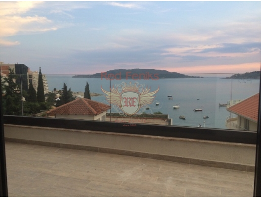 Apartment studio for sale in Budva Riviera, with nice sea view.