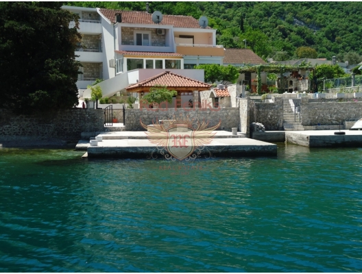 For sale, attractive Villa on the coast line, with its own pier suitable for swimming or tying small boat.