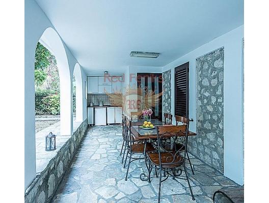 Orahovac, Karadağ satılık mükemmel villa, Dobrota satılık müstakil ev, Dobrota satılık müstakil ev, Kotor-Bay satılık villa