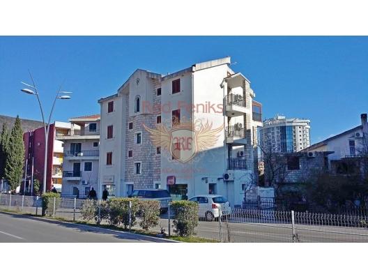 Budva, Karadağ da satılık otel.