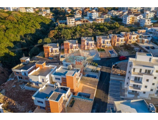 Complex of villas in the village of Dobra Voda, Bar house buy, buy house in Montenegro, sea view house for sale in Montenegro