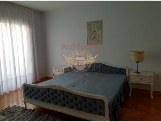 Villa mini-hotel for renovation, property in Montenegro, hotel for Sale in Montenegro