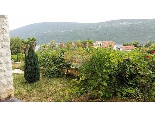 Kumbor'da daire (Herceg Novi), Karadağ da satılık ev, Montenegro da satılık ev, Karadağ da satılık emlak