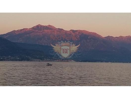 Kotor Körfezi üzerinde panoramik manzaraya sahip, Sahil Kenarinda Villa, Kotor-Bay satılık müstakil ev, Kotor-Bay satılık müstakil ev
