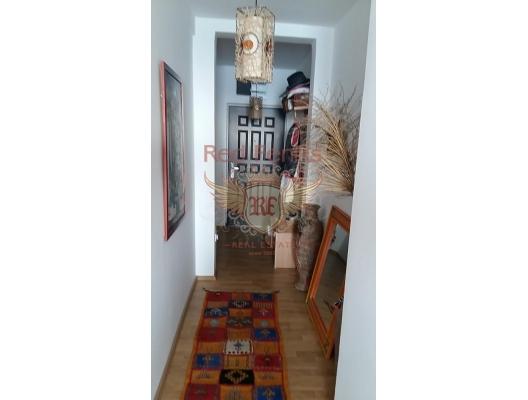 Herceg Novi'nin tarihi kent merkezine yakın güzel daire, Karadağ satılık evler, Karadağ da satılık daire, Karadağ da satılık daireler