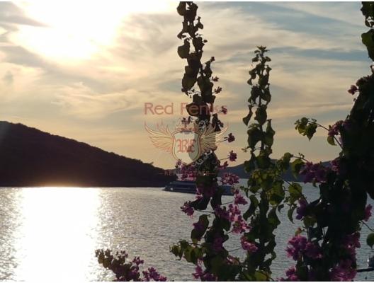Bigova'da, Su kenarinda 2 Yatak Odalı Daire, Karadağ satılık evler, Karadağ da satılık daire, Karadağ da satılık daireler