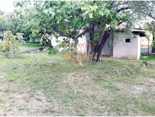 The plot in Susanj with an area of 754 sqm.