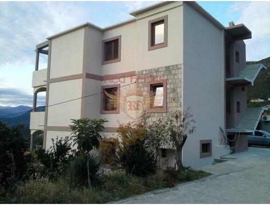 Satılık teni daireler 1+1 ve 2+1 olup Kotor'a 3 km uzaklıktadır.