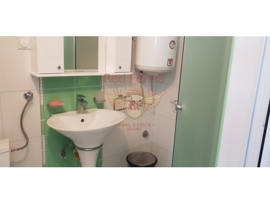 Krasici'de 3 Katlı Lüks Villa, Karadağ satılık ev, Karadağ satılık müstakil ev, Karadağ Ev Fiyatları