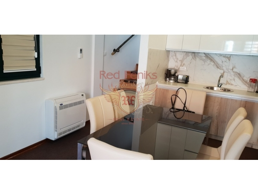 Spacious Duplex Apartment in the center of Kotor, apartments for rent in Dobrota buy, apartments for sale in Montenegro, flats in Montenegro sale