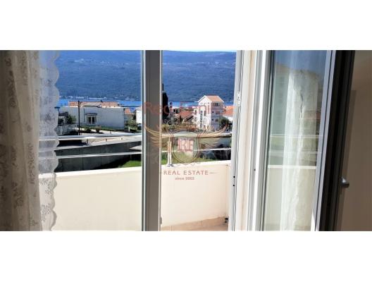 Porto Novi yakınındaki deniz manzaralı tek yatak odalı daire, Montenegro da satılık emlak, Baosici da satılık ev, Baosici da satılık emlak