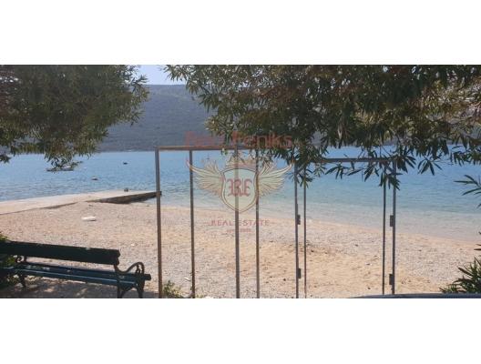 Kumbor Kıyı Şeridinde Kurulu Düzen İş, property with high rental potential Herceg Novi, buy hotel in Baosici