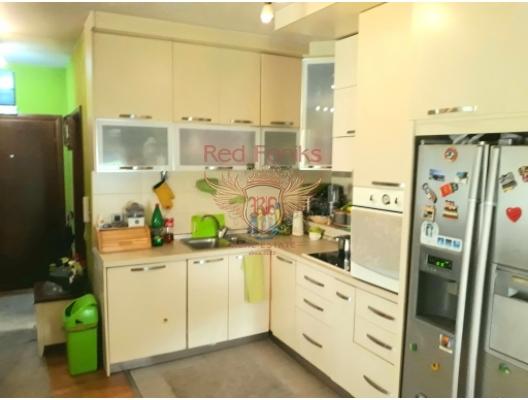 Budva plajına yakın iki daire, Becici dan ev almak, Region Budva da satılık ev, Region Budva da satılık emlak