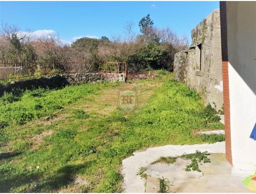 Lustica, Radovici'de yenilenmiş taş ev, Karadağ da satılık havuzlu villa, Karadağ da satılık deniz manzaralı villa, Krasici satılık müstakil ev