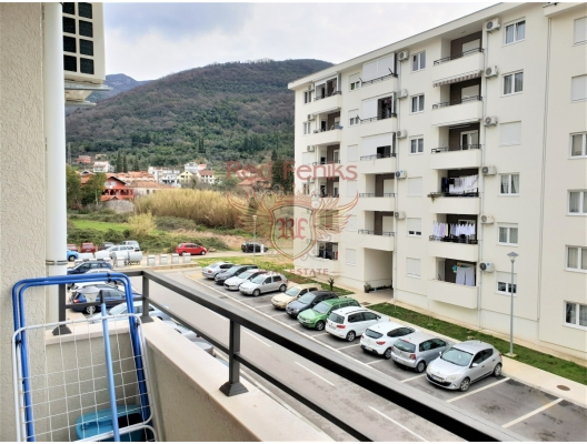 One-bedroom apartment with partial sea view in Tivat, Montenegro real estate, property in Montenegro, flats in Region Tivat, apartments in Region Tivat
