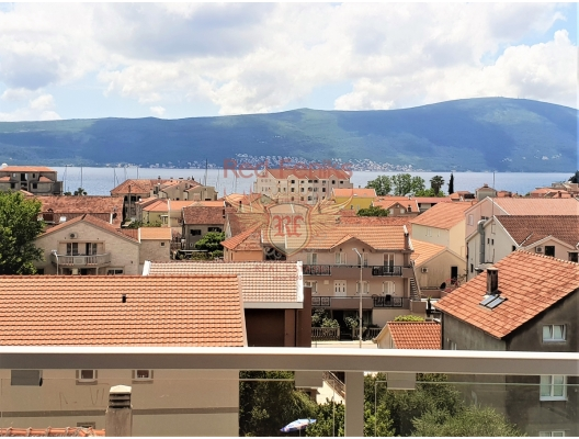 New penthouse with panoramic sea views in Tivat, Montenegro real estate, property in Montenegro, flats in Region Tivat, apartments in Region Tivat