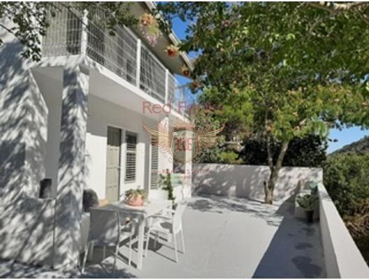 Havuzlu Özel Villa, Krasici satılık müstakil ev, Krasici satılık müstakil ev, Lustica Peninsula satılık villa