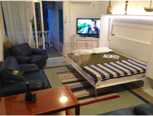 Jednosoban stan sa vrtom u Bigova, ulaganja sa zagarantovanim prihodom od zakupa, servisirani apartmani na prodaju