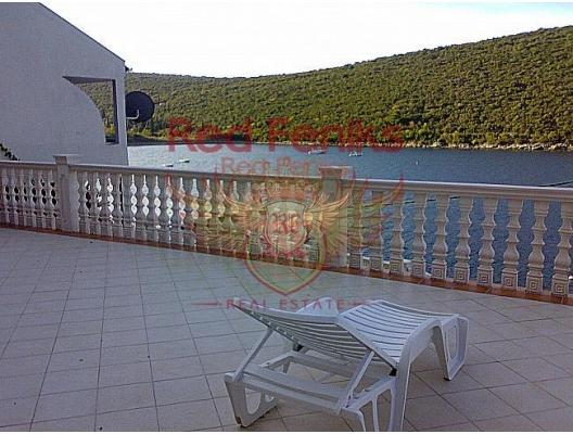 SATILDI ! Bigova'da Denize Sıfır Daire, Karadağ satılık evler, Karadağ da satılık daire, Karadağ da satılık daireler